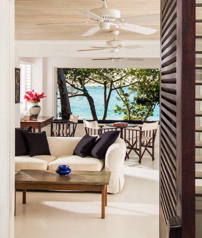 Goldeneye living space