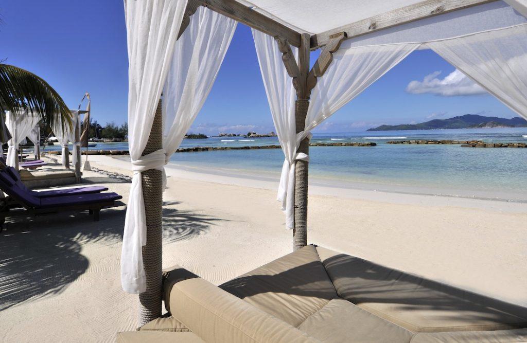 Le Domaine De L'Orangeriae Suite Beach