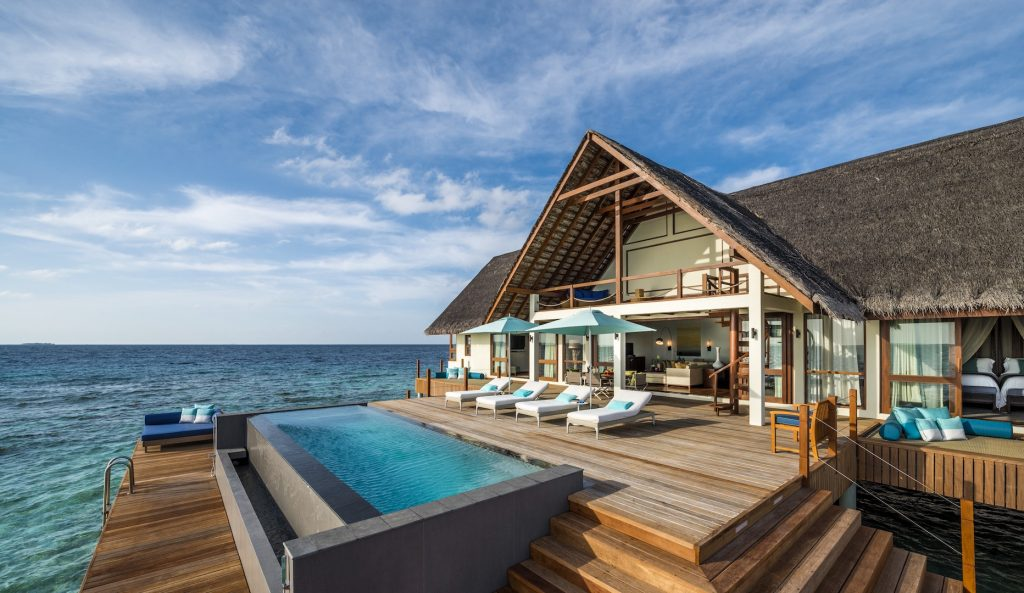 Four Seasons Landaa Giraavaru Villa (2)