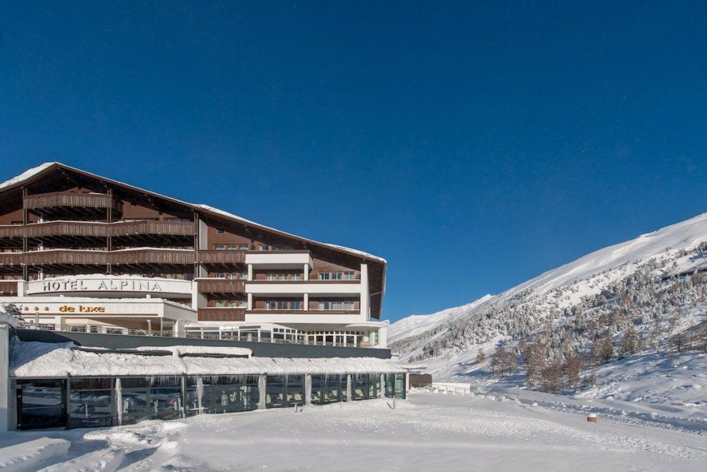 Hotel Alpina Banner External