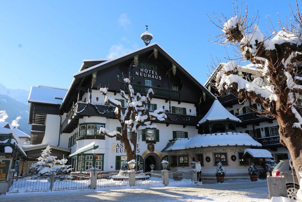 Neuhaus Mayrhofen External