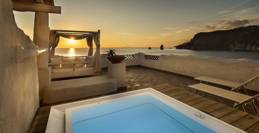 Therasia Resort Sea and Spa Private Pool