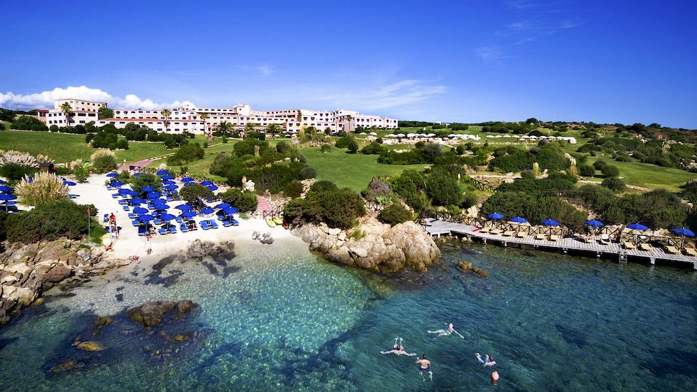 Hotel Colonna Resort Beach