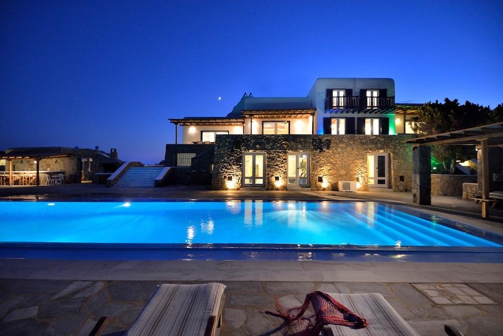 Villa Elysium Nighttime