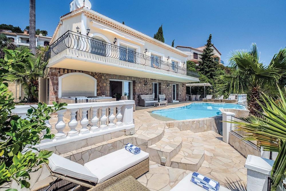 Villa Palmiers External