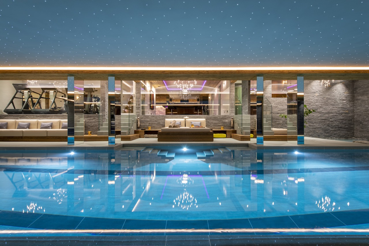 Chalet Marmottiere Pool Seating