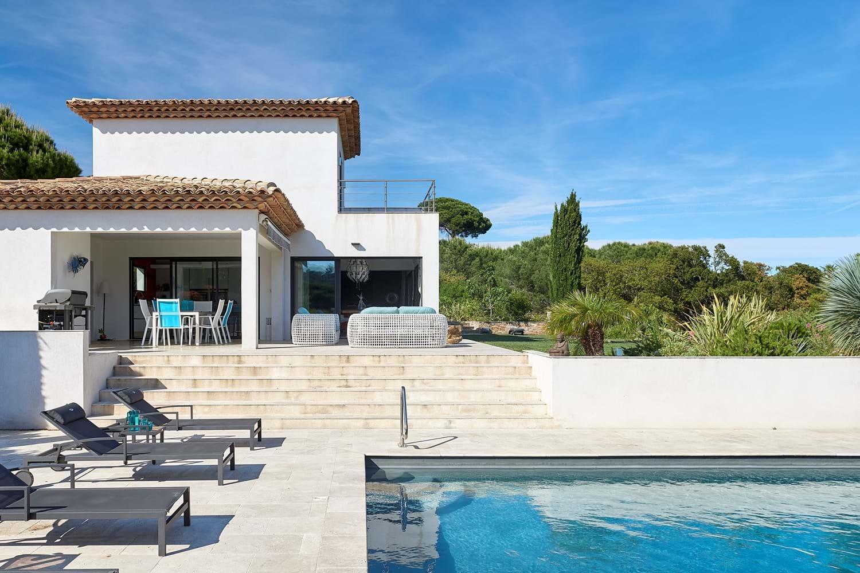 Villa Bonheur External