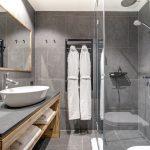 Chalet Bergeronnette Shower